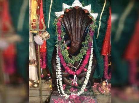 इस मंदिर की स्थापना के बाद से ही शुरू हुआ था नाग पंचमी का त्योहार