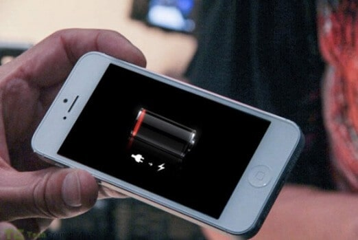 Keeping Your IPhone Alive When Your Battery's Dangerously Low