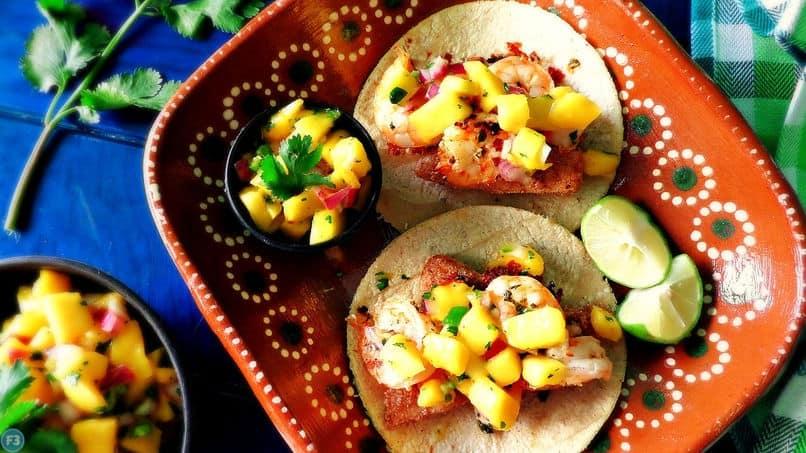 shirmp tacos with mango
