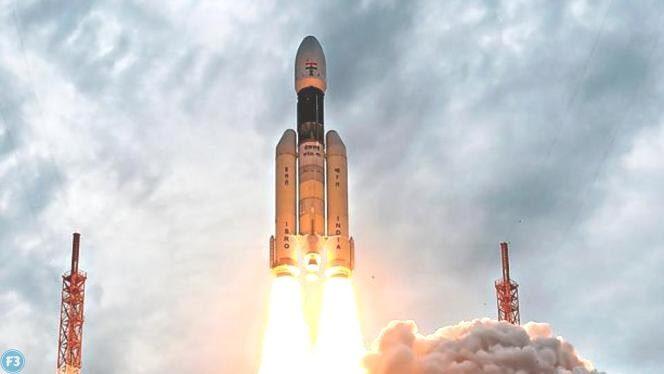 चंद्रयान-2: ISRO को बड़ी सफलता, ऑर्बिटर से सफलता पूर्वक अलग हुआ लैंडर विक्रम 'हर भारतीय के लिए गर्व का क्षण'